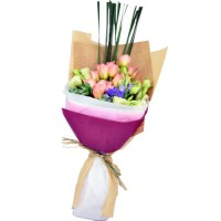 One Dozen Roses Bouquet